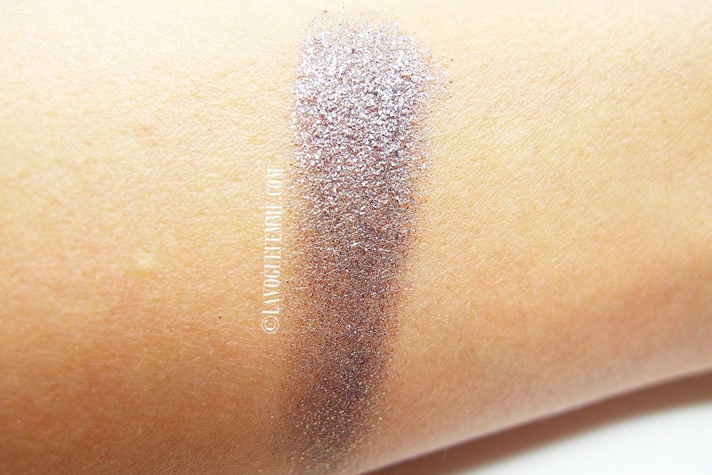 Urban Decay Moondust Eye Shadow in Ether Swatches