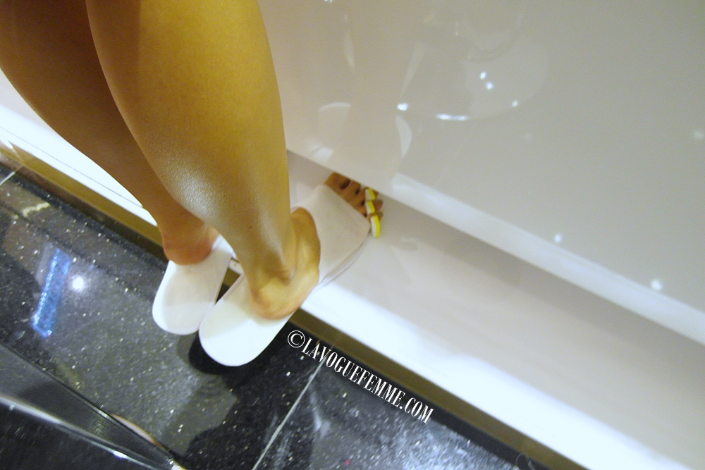 Luxe by The Nail Parlour - Drying